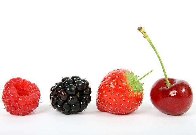 Krásně vypadající ovoce jako příklad správné fotky v nabídce.