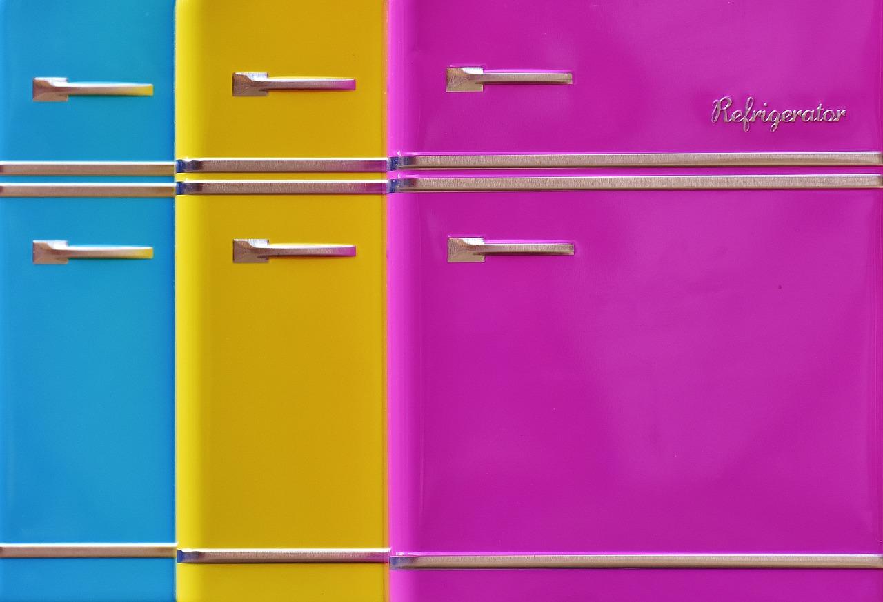 barevné ledničky